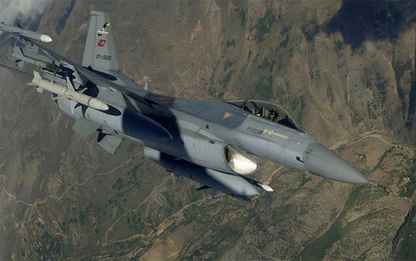 Kuzey Irak'ta PKK kampları yerle bir edildi