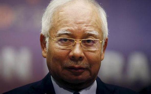 Evinden 273 milyon dolar çıkan eski Başbakan gözaltına alındı...