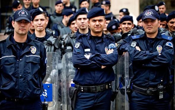 Polis maaşları ne kadar oldu? 2018 zamlı polis maaşları