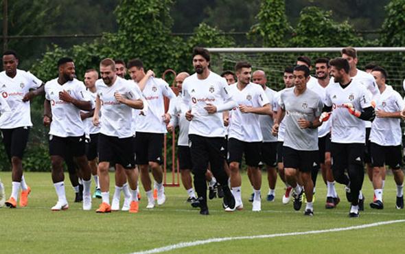 Beşiktaş'ın antrenmanı yarıda kaldı