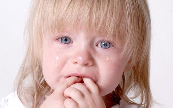 Çocuklarda inatlaşma ve ağlama nöbetini önlemenin yolları nelerdir?