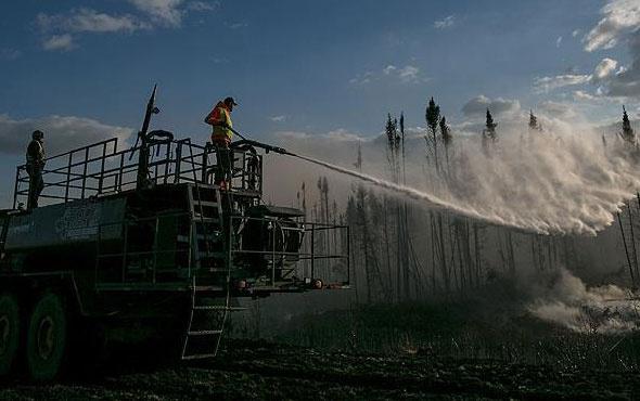 Ülke tarihinin en büyük orman yangını söndürülemiyor