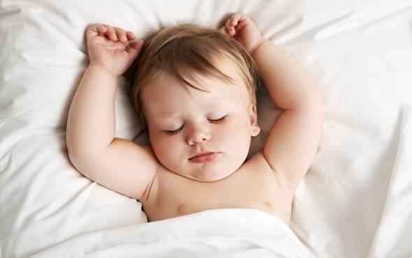 Bebeklere doğru uyku alışkanlığı kazandırmak çok kolay!