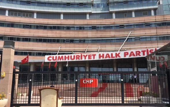 Koltuk sevdasına tepki! CHP Genel Merkezi önünde eylem