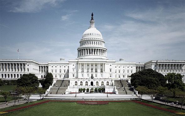 ABD'de bütçe açığı 1 trilyon dolara ulaşabilir