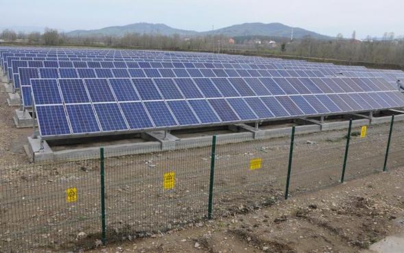 Ağrı Dağı eteklerinde güneş enerjisi santrali