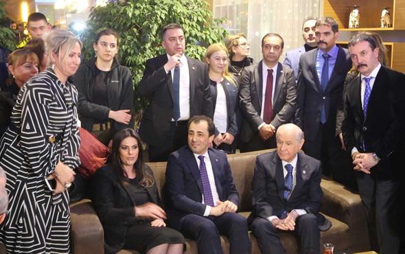 Bahçeli'yi Adana'da çok sayıda partili karşıladı ile ilgili görsel sonucu