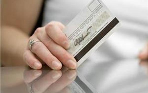 Kredi kartı düzenlemesi endişe yaratıyor