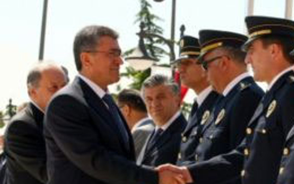 Ankara Emniyet Müdürü şok etti