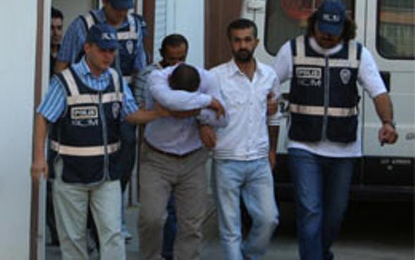 İzmir polisinden uyuşturucu baskını