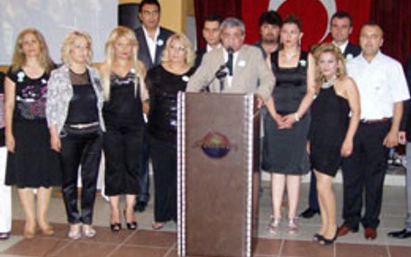 Şener'in partisinde toplu istifa