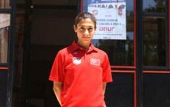 Esma Aydemir Avrupa Şampiyonu!