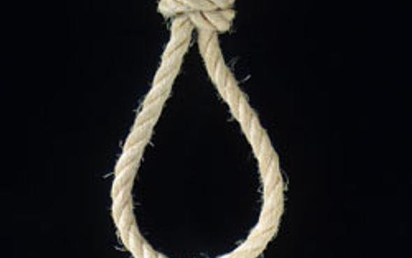 İran 17 kişiyi birden astı