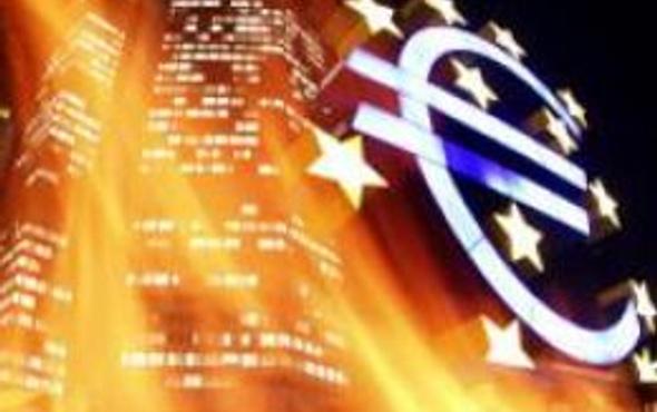 Yunan krizi Avrupa bankalarını vurdu