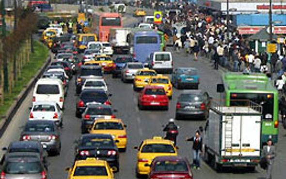 Bugün İstanbul trafiğine dikkat!