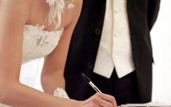 Üniversite öğrencilerine evlilik kredisi müjdesi