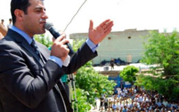 Demirtaş CHP'yi cemaat konusundauyardı