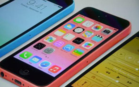 Plastik iPhone 5C fiyatı belli oldu