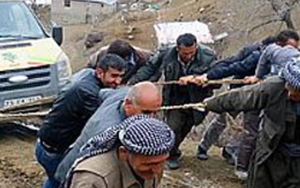 BDP'lilerin çamurla imtihanı!