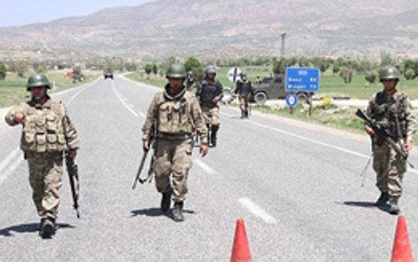 Diyarbakır'da iki uzman çavuş kaçırıldı