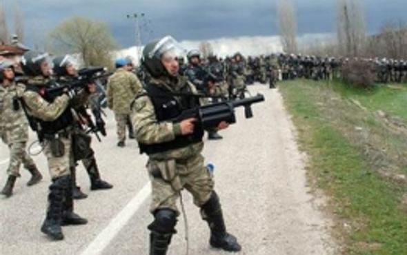 Şırnak'ta askeri birliğe saldırı: 3 asker yaralandı!