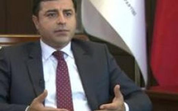 'PKK elini tetikten çekmeli, hükümet de operasyonları durdurmalı'