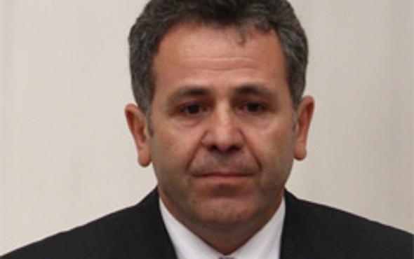 Şaban Dişli istifa etti