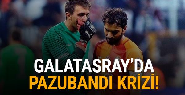 Galatasaray'da pazubandı krizi!