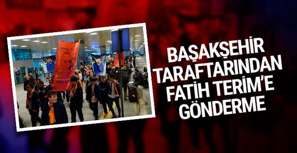 Başakşehir taraftarından Fatih Terim'e gönderme!