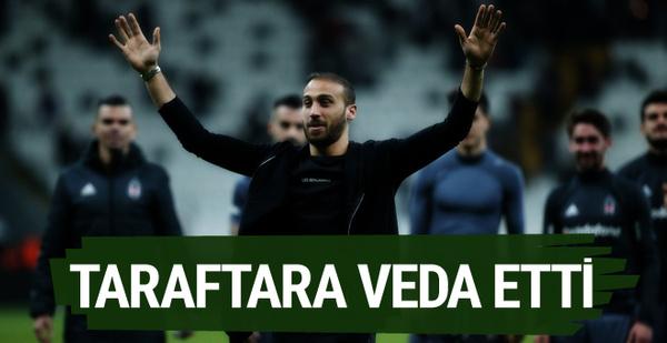 Cenk Tosun Beşiktaş taraftarına veda etti!