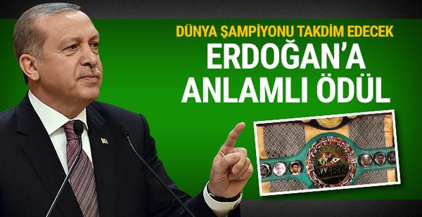 Dünya Boks Konseyi'nden Cumhurbaşkanı Erdoğan'a barış ödülü!