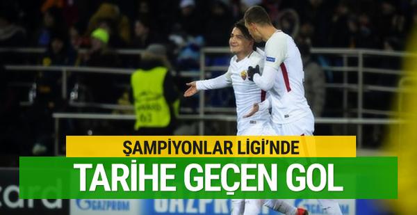 Cengiz Ünder'den tarihe geçen gol!