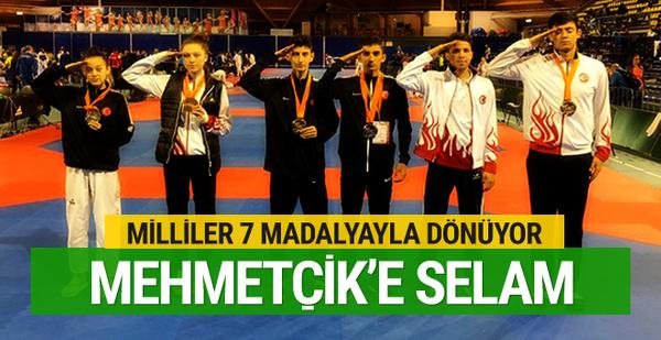 Hollanda'da 7 madalya kazanan millilerden Mehmetçik'e selam
