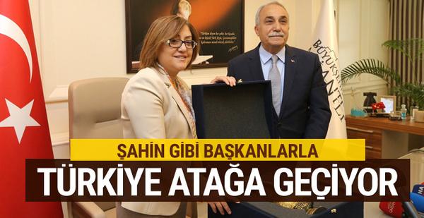 Fakıbaba: Şahin gibi başkanlarla Türkiye atağa geçiyor