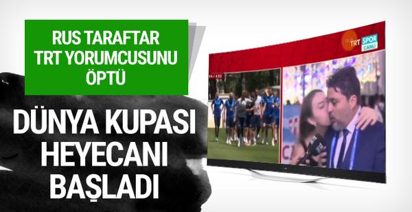 Rus taraftar TRT yorumcusunu öptü