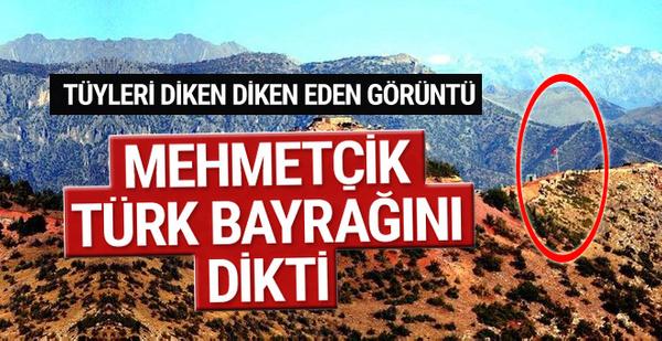 Mehmetçik Hakurk'a Türk bayrağını dikti!