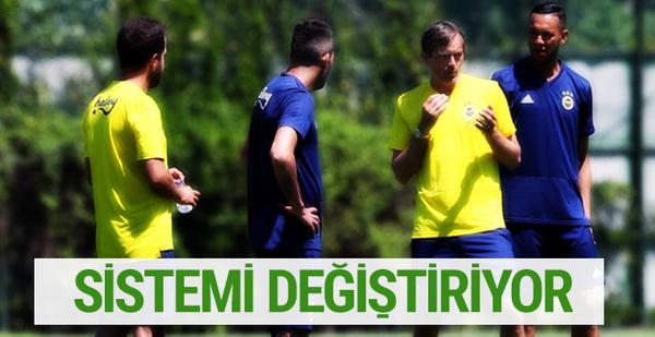 Cocu Fenerbahçe'deki sistemi değiştiriyor