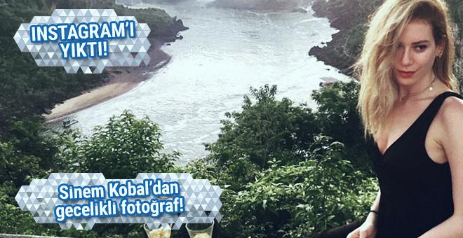 Sinem Kobal'dan Instagram'ı yıkan gecelikli paylaşım!
