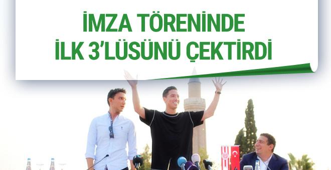 Antalyaspor'un yıldızı Nasri ilk 3'lüsünü çektirdi