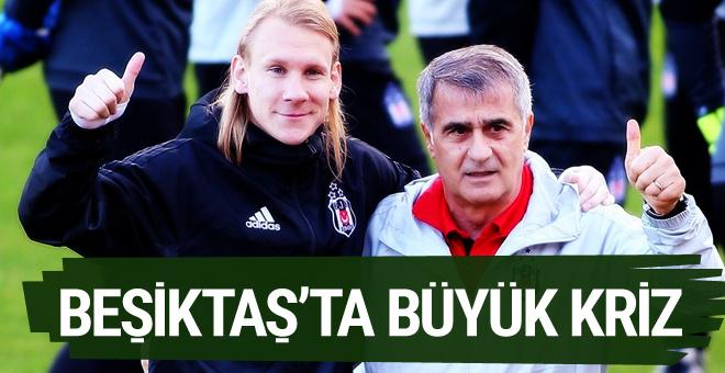 Beşiktaş'ta Domagoj Vida için lisans krizi