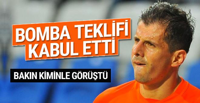 Emre Belözoğlu, Ali Koç'la görüştü teklifi kabul etti