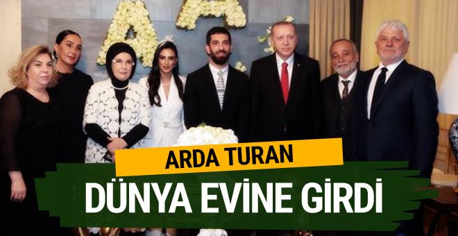 Arda Turan ile Aslıhan Doğan evlendi