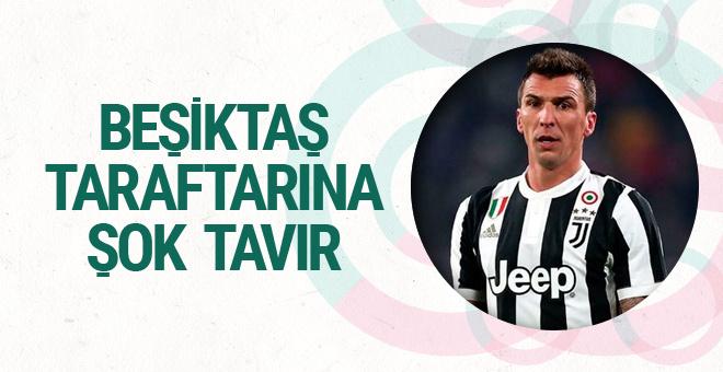 Mario Mandzukic'ten Beşiktaş taraftarına şok tavır!