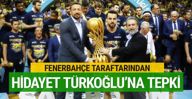 Fenerbahçe taraftarından TBF Başkanı Hidayet Türkoğlu'na büyük tepki