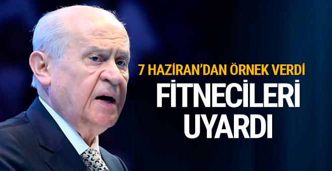 Bahçeli'den AK Parti'ye Davutoğlu uyarısı