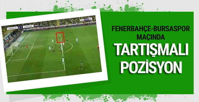 Fenerbahçe-Bursaspor maçında tartışmalı pozisyon