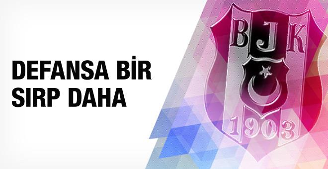 Beşiktaş'ta stoper arayışı sürüyor