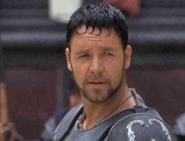Russell Crowe'dan Türkiye'ye mesaj! Çok üzgünüm