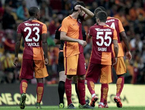 Galatasaray derbi öncesinde moral depoladı