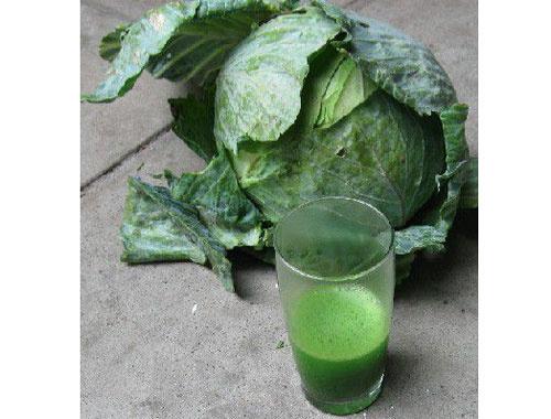 Çıkmadan bir bardak için lahana suyu mucizesi!